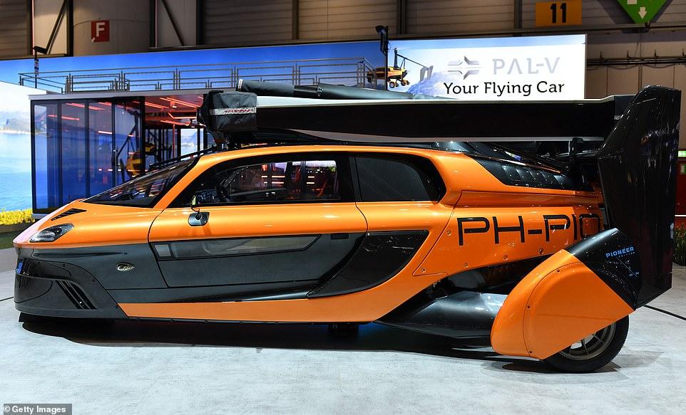 رونمایی از اولین خودرو پرنده در تاریخ
