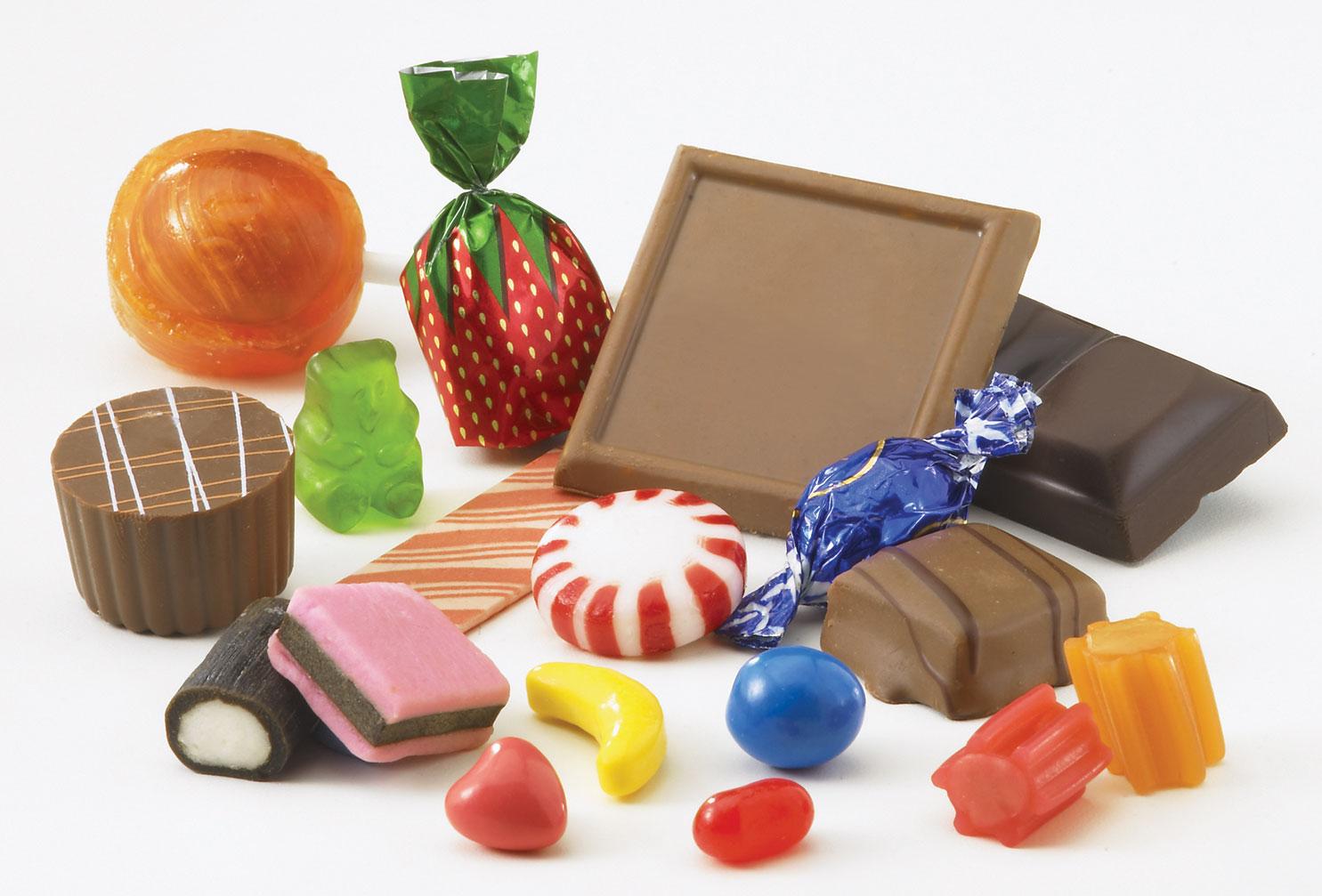 شکلات و آبنبات را چند بخریم ؟