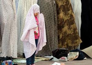 کودکان را چگونه به نماز خواندن و مسجد رفتن تشویق کنیم؟ + فیلم