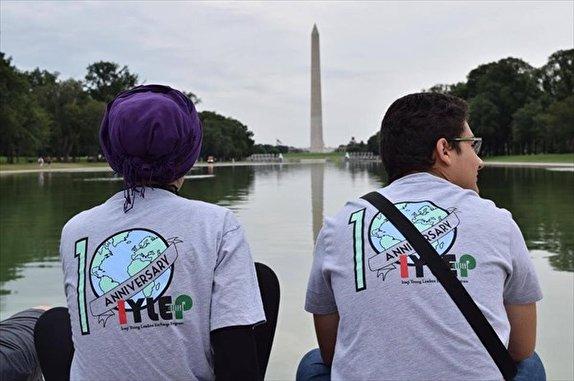 باشگاه خبرنگاران -آمریکا با پروژه «آیلپ» جوانان عراقی را در مقابل حکومت قرار میدهد/ دلار بگیر، شعار بده، جریانساز شو !
