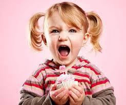 نحوه برخورد والدین با کودک بهانه گیر