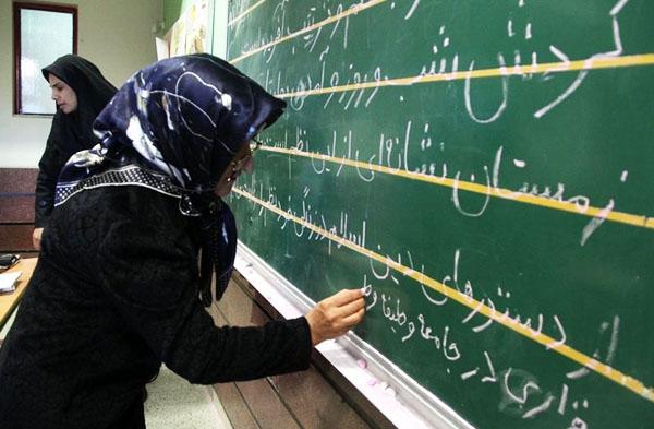 اجرای طرحهای تشویقی برای سواد آموزی عشایر دهلران