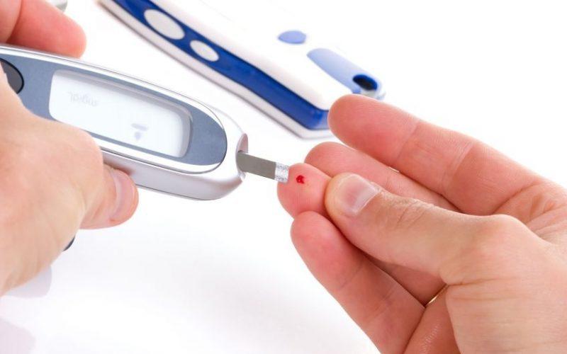برای خرید دستگاه تست قند خون چقدر هزینه کنیم؟