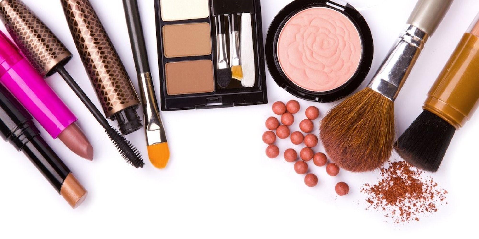 عوارض استفاده از مواد آرایشی