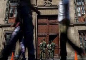 تیراندازی در نزدیکی کاخ ریاستجمهوری مکزیک