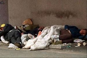 مردم لندن شب گذشته در خیابانها خوابیدند