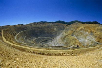 برداشت سه میلیون و ۵۰۰ تن مواد معدنی در ایلام