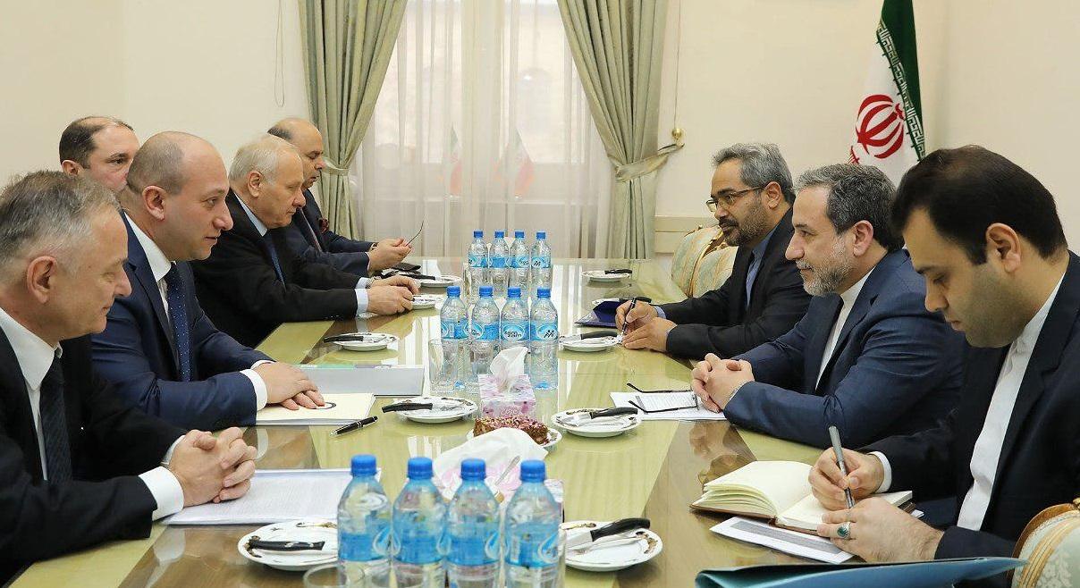 دیدار عراقچی با معاون وزیر خارجه گرجستان
