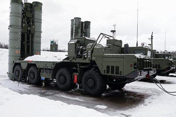 تجهیز همه نیروهای نظامی روسیه در قطب شمال به اس ۴۰۰