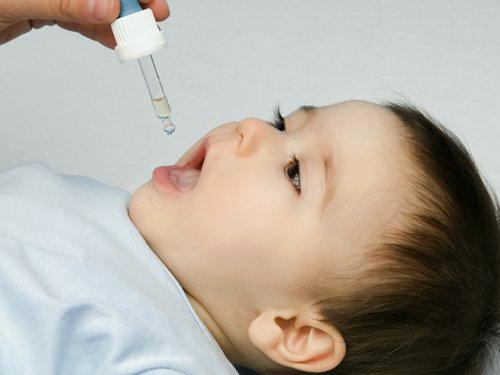 قطره آهن ایرانی برای کودکان مناسبتر است/ آیا مصرف قطره آهن باعث پوسیدگی دندان میشود؟