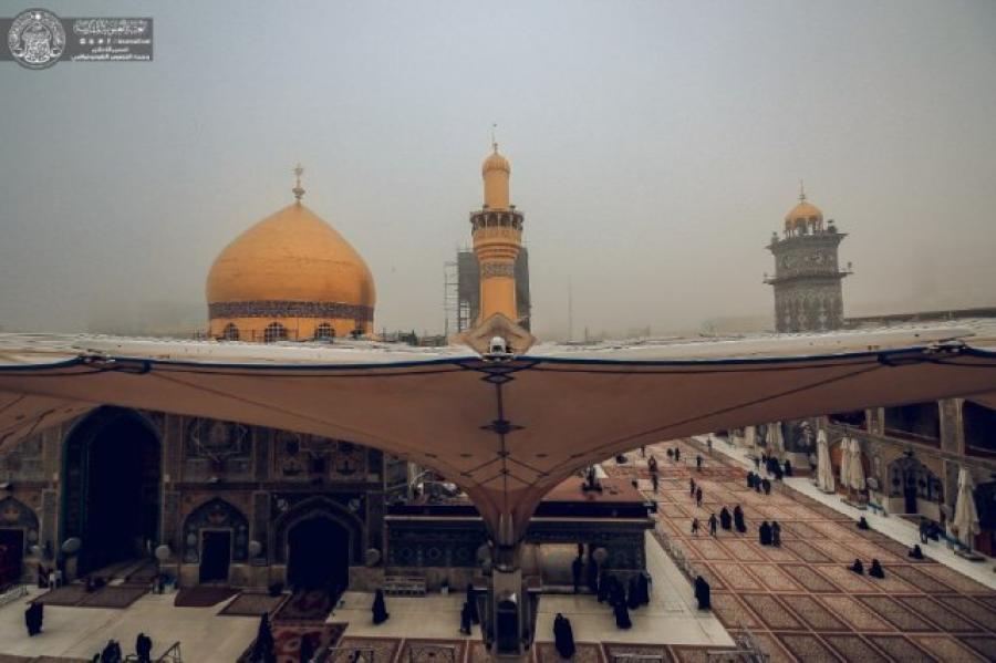 تصاویری ناب از حال و هوای مه گرفته حرم امیرالمومنین(ع)