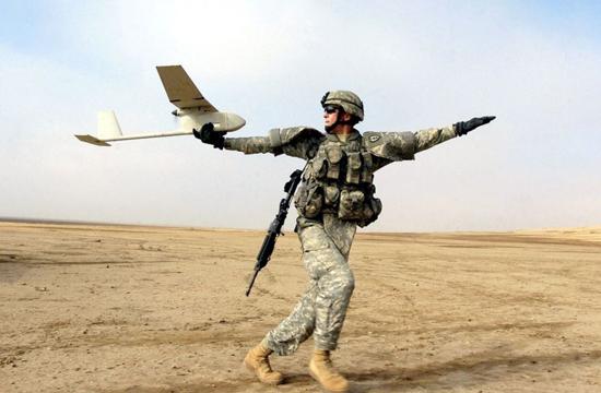 پهپادهای دست پرتاب در نیروهای مسلح