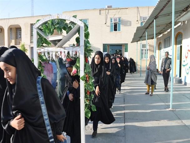 اعزام  دانش آموز نهاوندی به مناطق عملیاتی جنوب