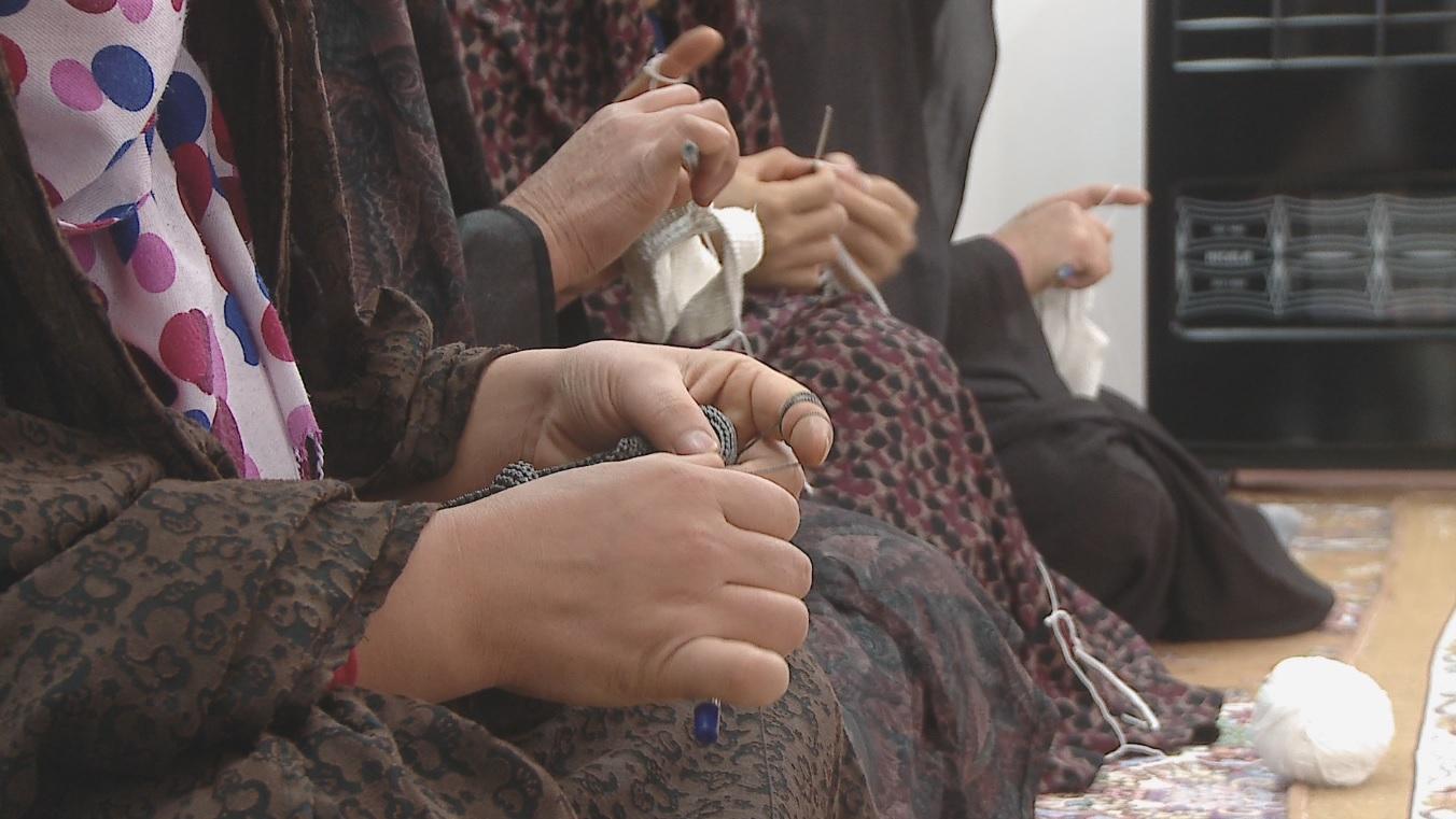 پای پوشی به درازای تاریخ بشر/ دستانی که هنر می آفرینند