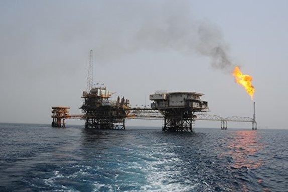 باشگاه خبرنگاران -گازهای کمفشار تاسیسات نفتی درود ۳ به پتروشیمی خارگ منتقل شد