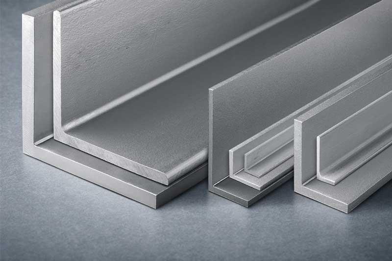 نبشی در بازار محصولات فولادی چند؟