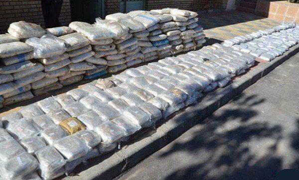 کشف بیش از ۳ ونیم تن تریاک در ایرانشهر / ۳ نفر از متهمان دستگیر شدند
