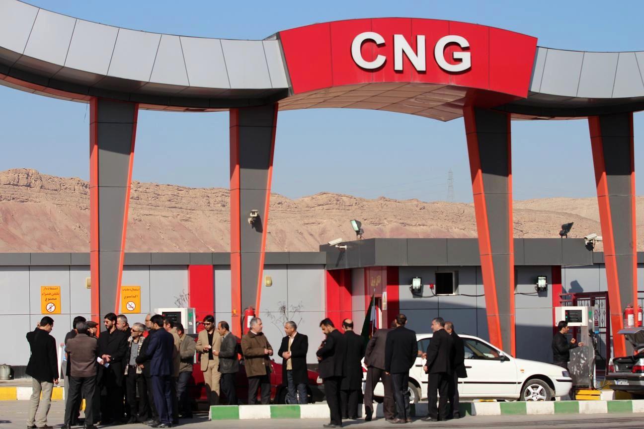 بومی سازی بیش از ۹۰ درصد قطعات خودروهای دوگانه سوز /ظرفیت CNG افزایش ۵۰ درصدی