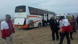 خروج اتوبوس از جاده در محور زنجان - تبریز یک کشته بر جا گذاشت