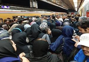 علت ازدحام جمعیت در خط یک مترو مشخص شد