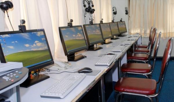 فارغ التحصیلان دانشگاهی مهارت آموزان فنی وحرفه ای