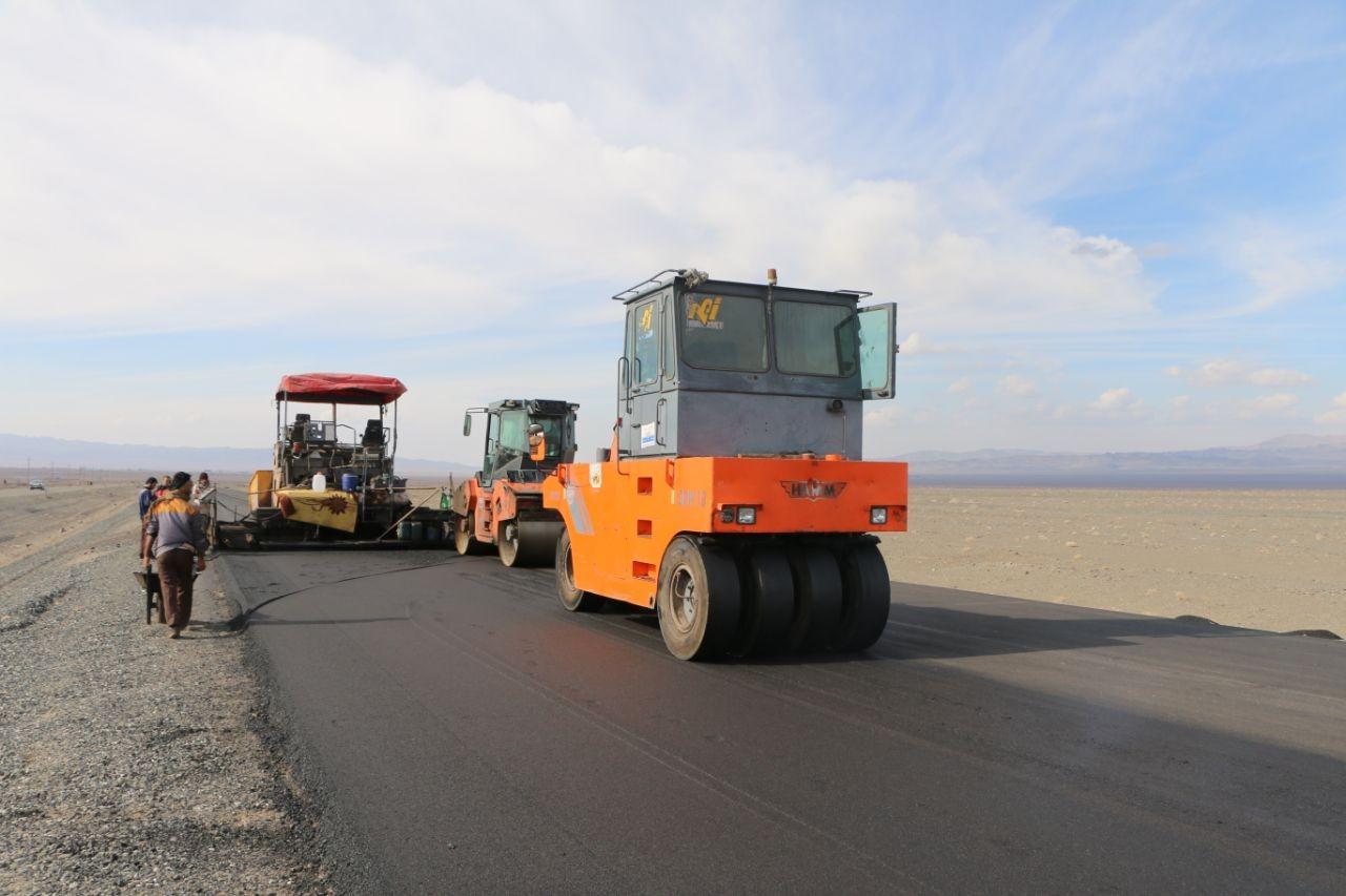 ادامه عملیات اجرایی طرح احداث بزرگراه میرجاوه ـ زاهدان ـ بم