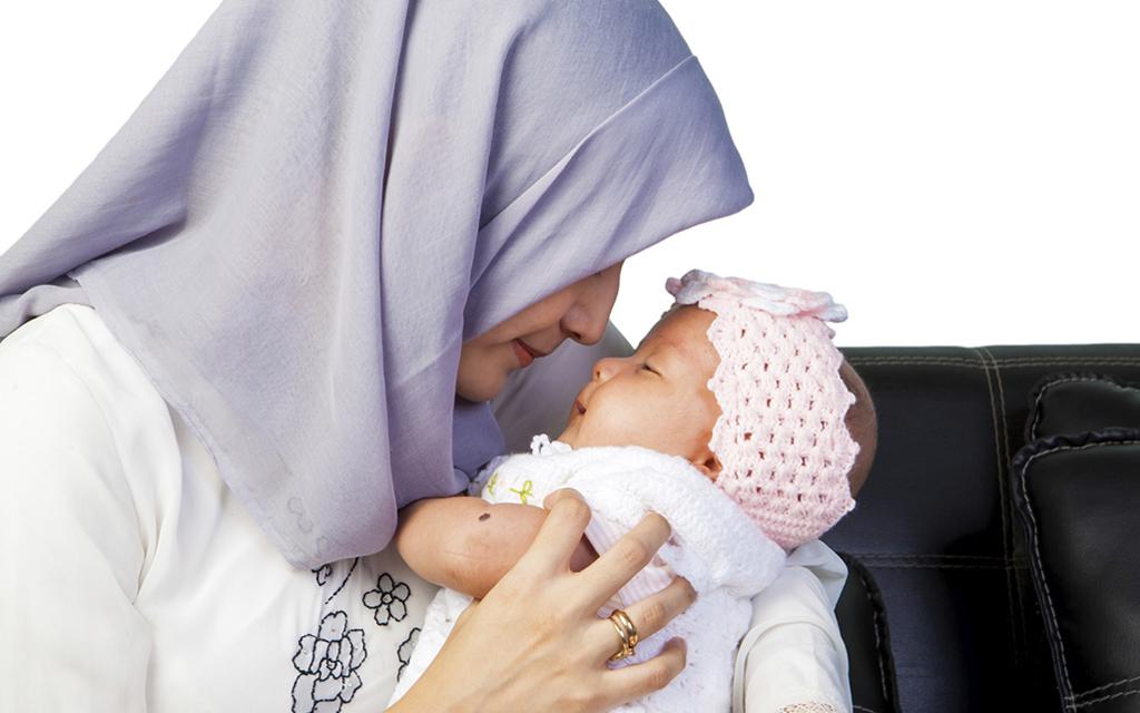 اگر آنفلونزا گرفتید چگونه از کودکتان مراقبت کتید//صادقی