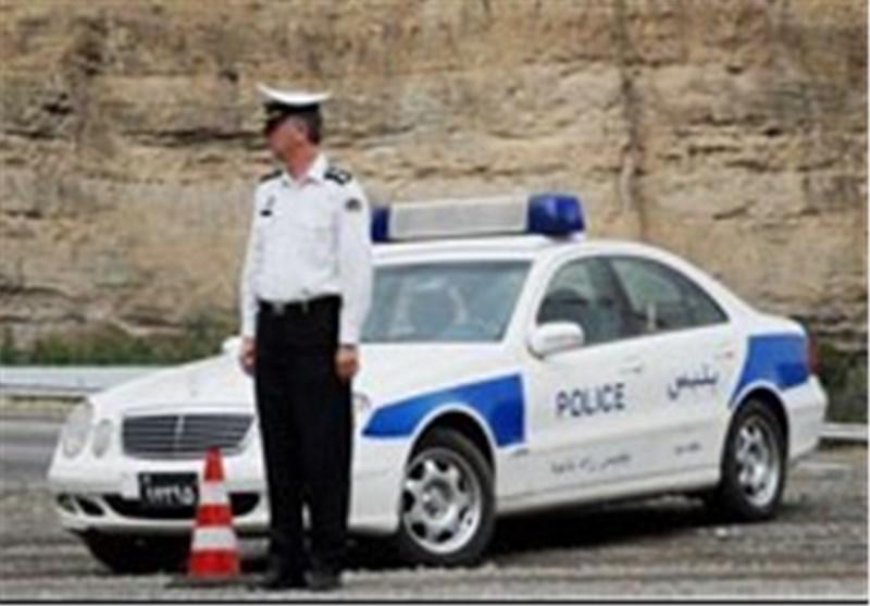 نصب جایگاه همراه با سایه بان محل استقرار گشتهای پلیس راه درمحدوده تقاط حادثه خیز آعاز شد