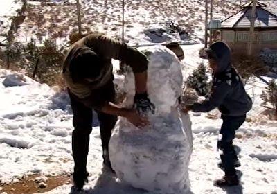 دورهمی یزدیها با برف پاییزی + فیلم