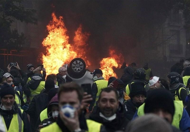 دکتر مرادی: نظام سرمایهداری غرب رو به اضمحلال است/ تلاش فرانسه برای شکاف در میان معترضان جلیقه زرد با اسلام هراسی