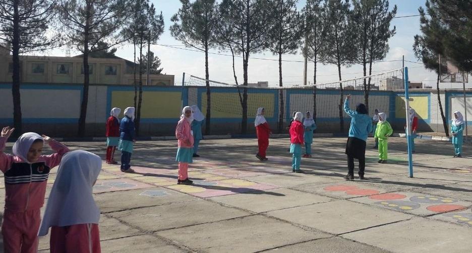 تمهیدات آموزش و پرورش برای تحرک دانشآموزان در روزهای آلوده سال