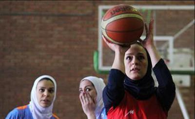 صعود تیم دختران خانه بسکتبال نهاوند به لیگ برتر جوانان کشور