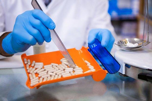 ضرورت بازنگری در سیاستهای دارویی/ دارو به سرنوشت خودرو دچار نشود