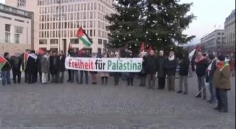 تظاهرات مقابل سفارت آمریکا در برلین در مخالفت با اقدام ترامپ درباره قدس