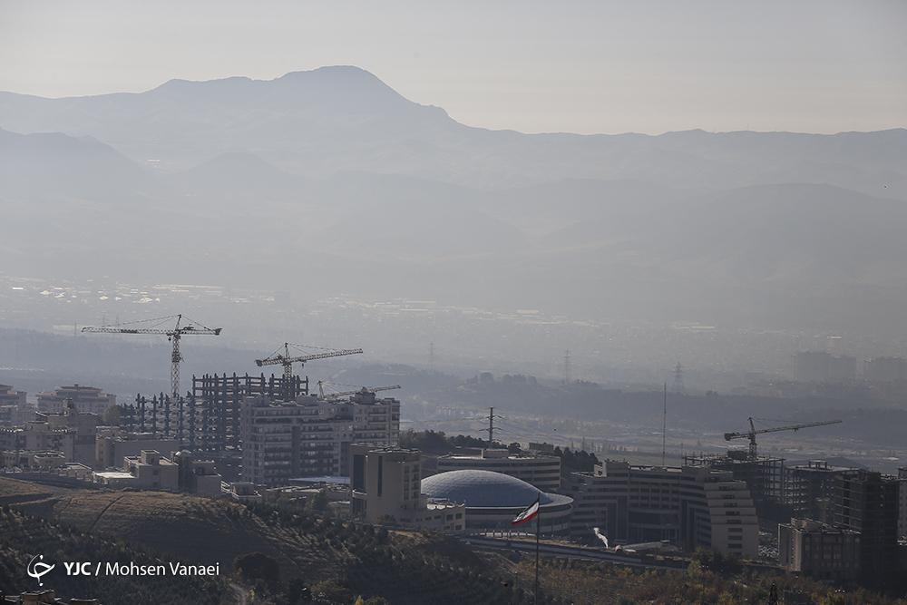 تهران خاکستری