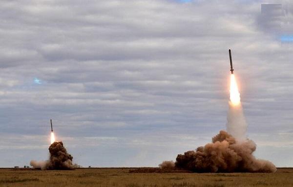 کپی جالب آمریکا از برنامه موشکی ایران پس از خروج از INF/ بازار طراحی و تولید موشکهای میانبرد دوباره داغ شد +عکس