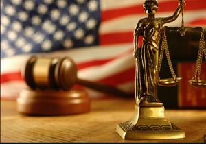 ۱۶ سال زندان برای آتش زدن پرچم همجنس گرایان در آمریکا!
