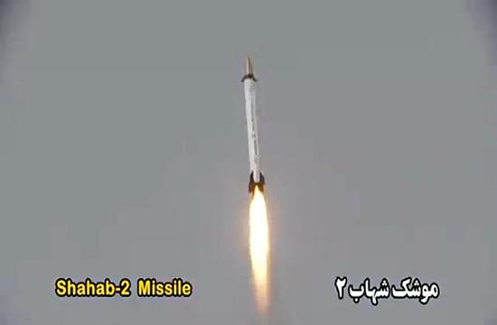 پایگاههای آمریکا در تیررس پرافتخارترین عضو خانواده موشکی شهاب/ شهاب ۲، موشکی دقیق با توان انهدام بالا + فیلم و تصاویر