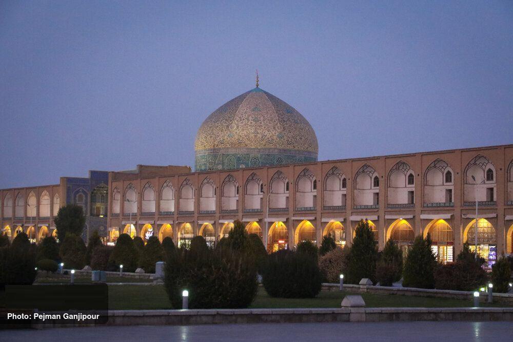 واکنش مسئولان میراث فرهنگی به ایرادات وارد شده به مرمت گنبد مسجد شیخ لطفالله