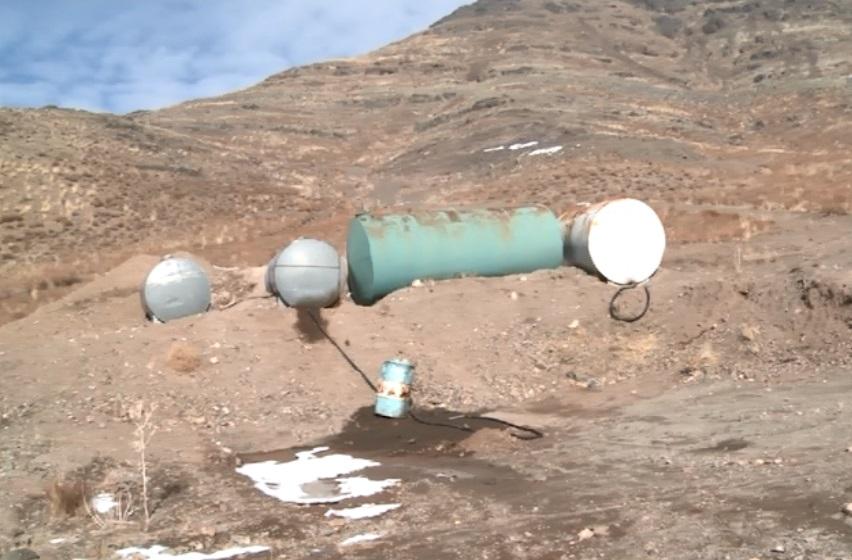 آب شرب روستای مزوش دلیجان  گازوئیلی شد