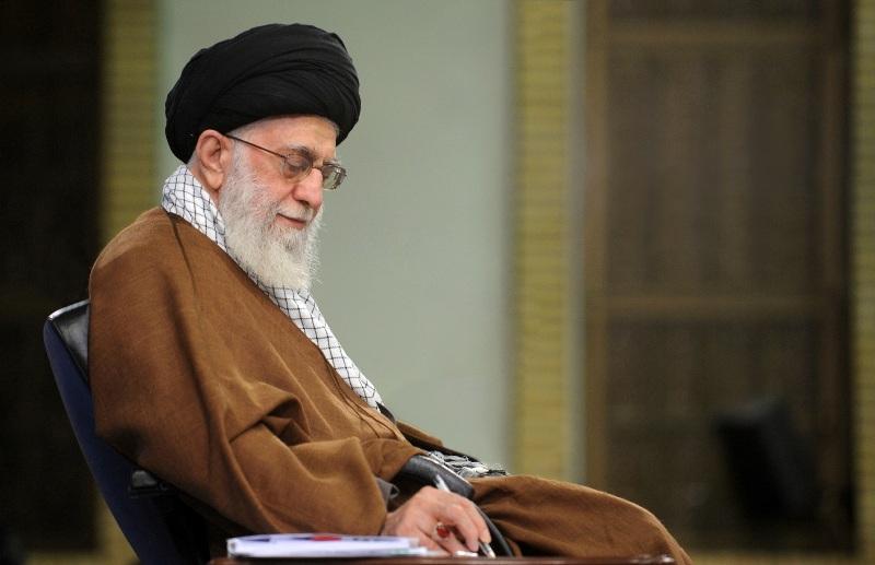 دشمن برای جوان ایرانی چه نقشهای کشیده است؟
