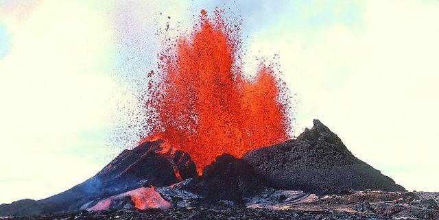 همه چیز در مورد فوران آتشفشانی و انواع آن