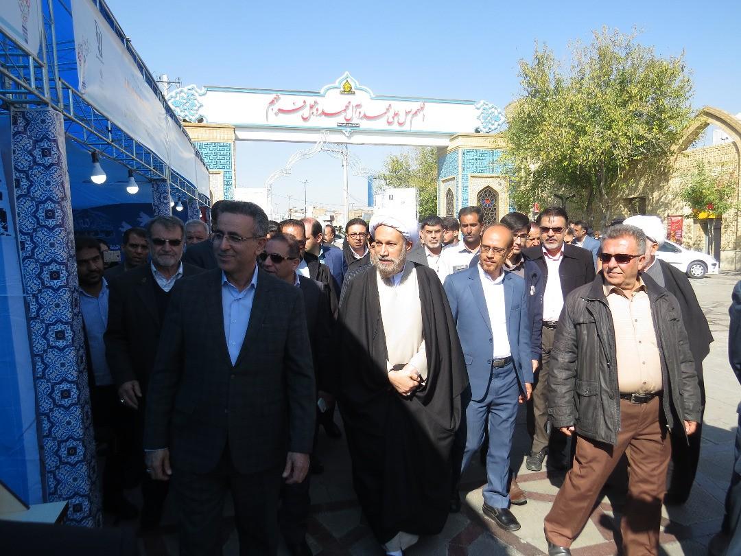 اقدام معنادار امامجمعه شیراز/ از تهدیدات مجازی و توییتری نباید ترسید