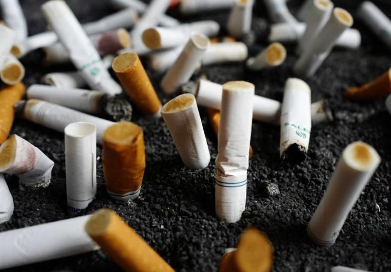 خبرنگار: جنیدی/ خبر 12 شب/فوت سالیانه 60 هزار نفر به دلیل مصرف دخانیات در ایران/ ضرر 70 هزار میلیاردی کشور به دلیل استعمال انواع محصولات دخانی/ 10 درصد از مصرفکنندگان بالای 18 سال به صورت روزانه مصرفکننده سیگار هستند