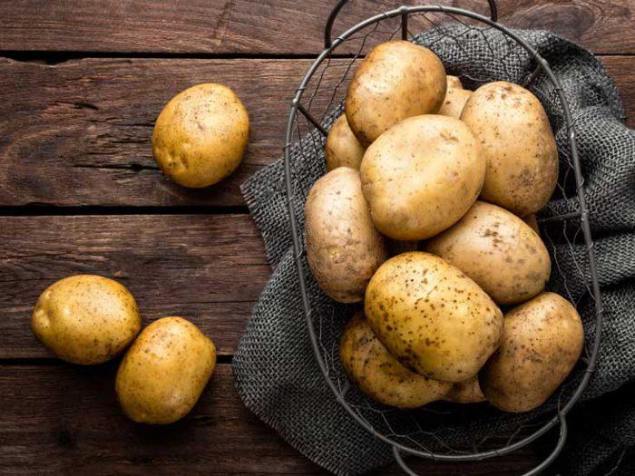 ۵ ماده غذایی که باید خارج از یخچال نگهداری شوند