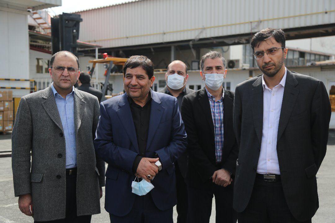 تحویل ۲۰ میلیون ماسک و ۳۵۰۰ کیت تشخیص کرونا به وزارت بهداشت