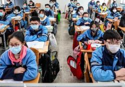 تصویری متفاوت از بازگشت دانش آموزان چینی به مدرسهها پس از ۳ ماه قرنطینه