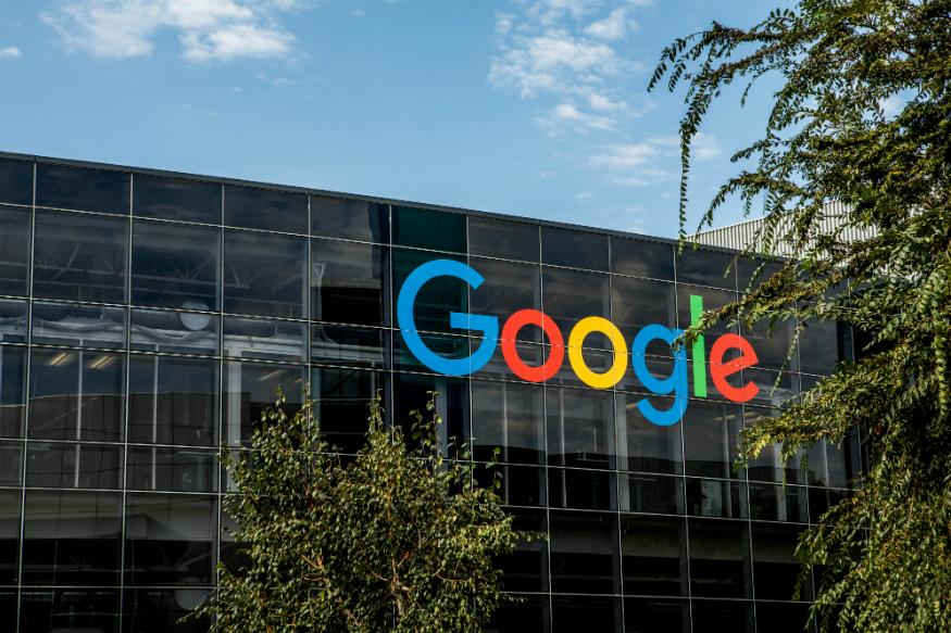 گوگل موقعیت مکانی کاربران را برای مقابله کرونا منتشر میکند