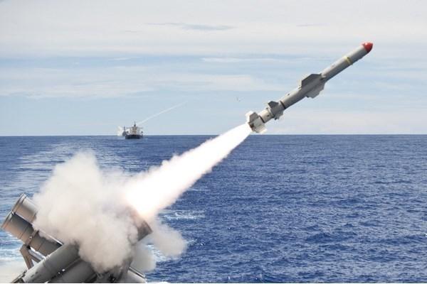 ویژگیهای موشکهای کروز و بالستیک چیست؟