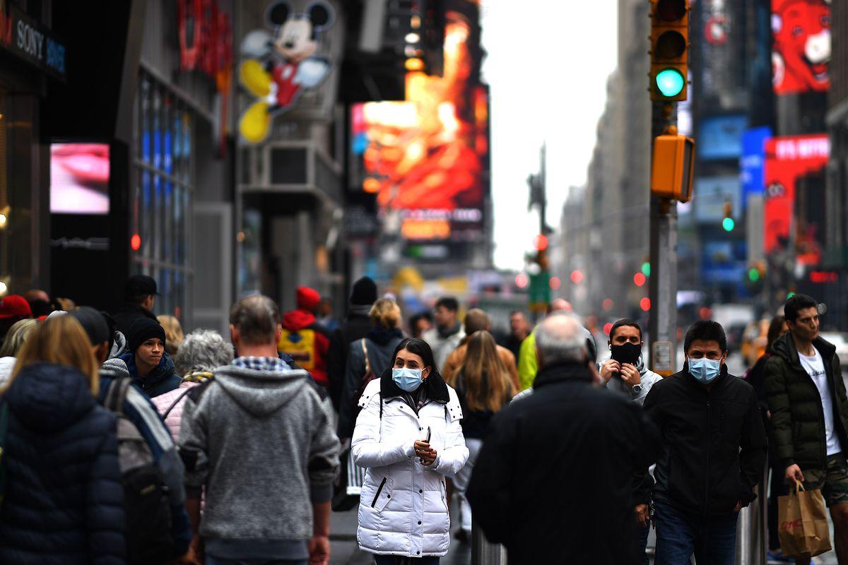 همه مردم ماسک بزنند